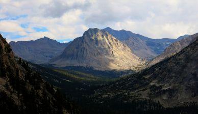 Center Peak along the JMT